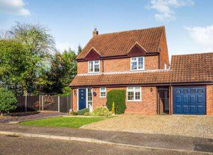4 Bedrooms Detached House for sale in Ludham, Great Yarmouth, Norfolk
