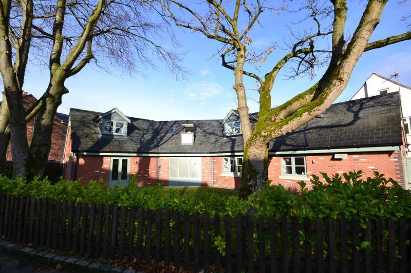 3 Bedrooms Bungalow for sale in Monsall Drive, Macclesfield
