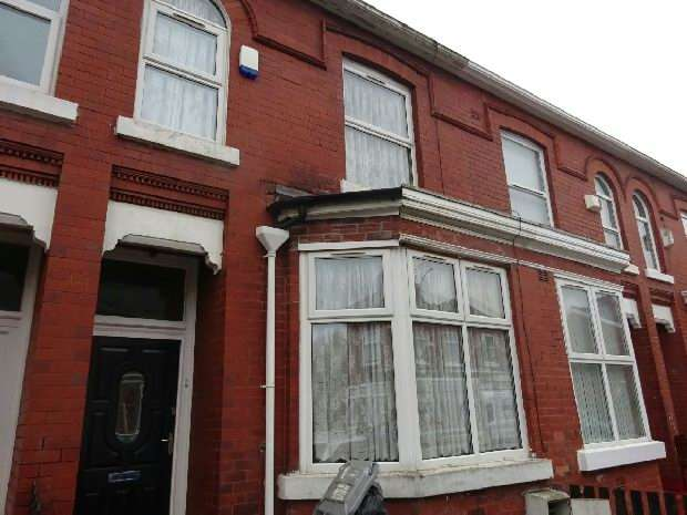 3 Bedrooms Terraced House for sale in Premier Street, Old Trafford, Manchester