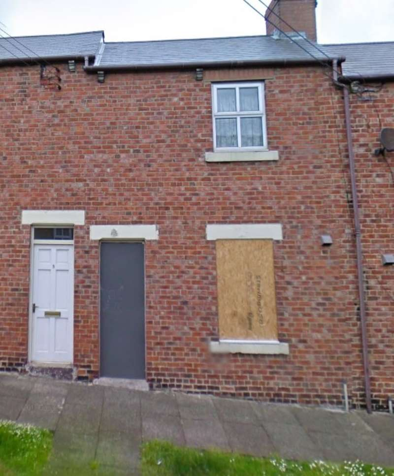 2 Bedrooms Terraced House for sale in Barwick Street, Peterlee, County Durham, SR8 3SA