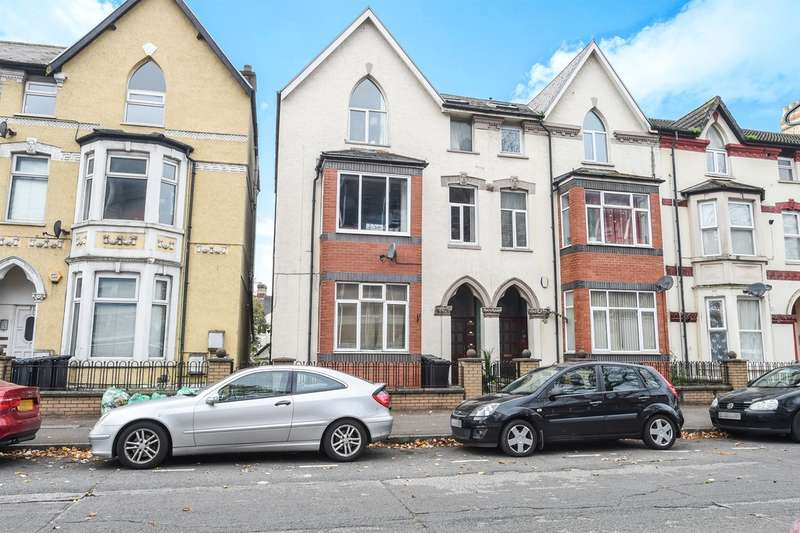 2 Bedrooms Flat for sale in Fitzhamon Embankment, Cardiff