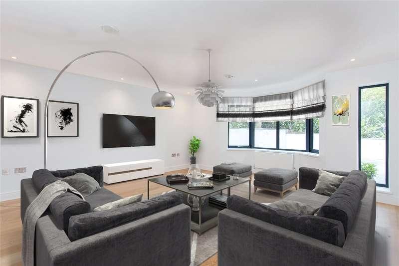 5 Bedrooms Detached House for sale in Aldenham Avenue, Radlett, Hertfordshire, WD7