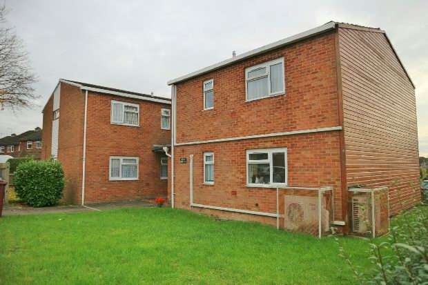 1 Bedroom Flat for sale in Shirley Avenue Reading