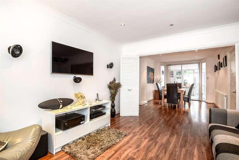 3 Bedrooms Semi Detached House for sale in Regal Way, Kenton , Harrow Middlesex. HA3 0SD