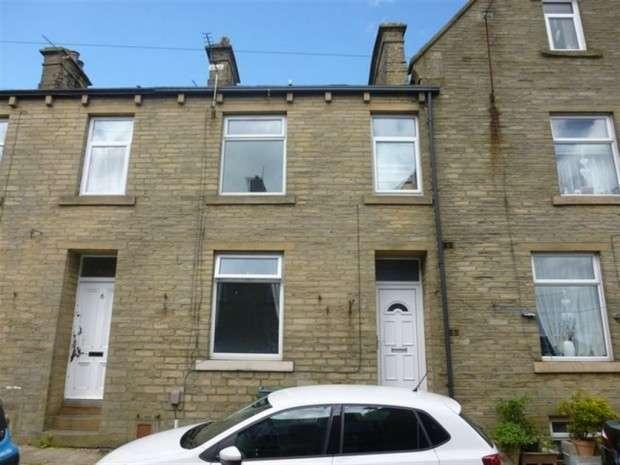 2 Bedrooms Terraced House for rent in York Street, Queensbury, BD13