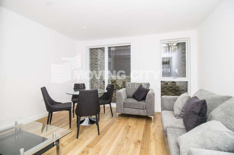 2 Bedrooms Flat for sale in St Pancras Place, Kings Cross WC1X