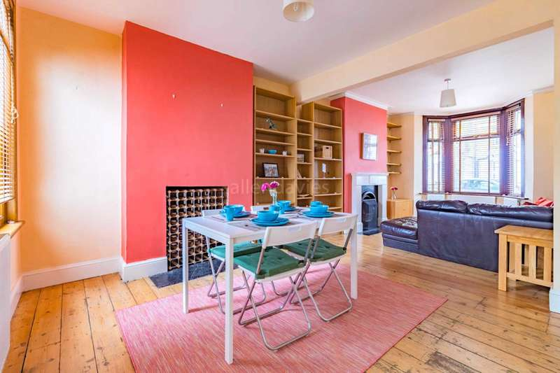 4 Bedrooms House for sale in Sedgwick Road, Leyton
