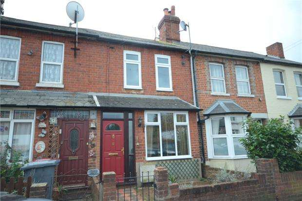 3 Bedrooms Terraced House for sale in Montague Street, Caversham, Reading