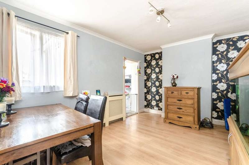 2 Bedrooms House for sale in Harrington Road, Croydon, SE25