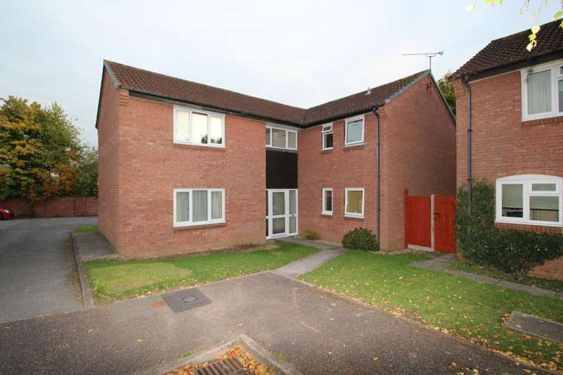 1 Bedroom Flat for sale in Allington Close, Taunton, TA1
