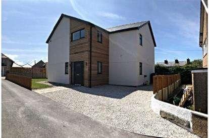 5 Bedrooms Detached House for sale in Y Maes, Nefyn, Pwllheli, Gwynedd, LL53