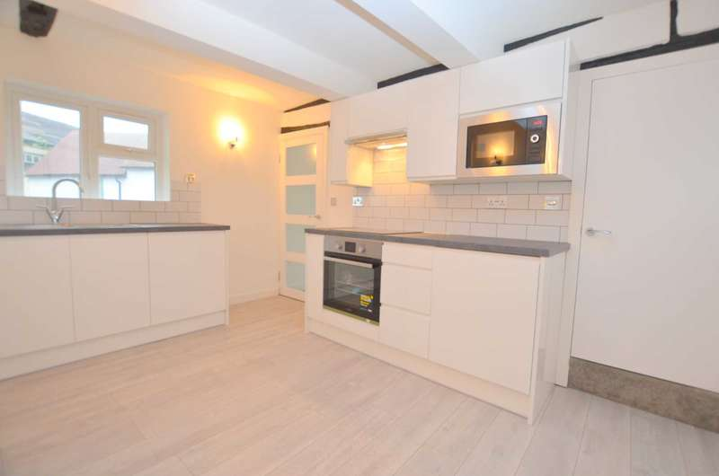 2 Bedrooms Apartment Flat for rent in East Street, Chesham HP5