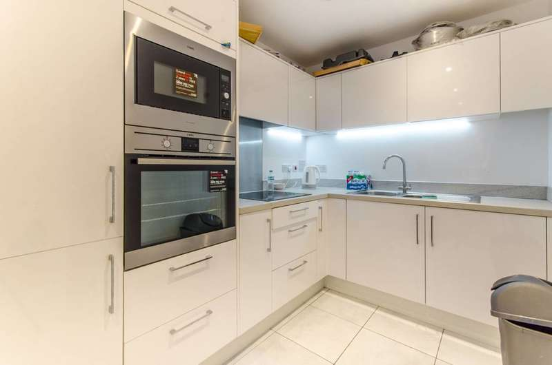 2 Bedrooms Flat for rent in Eagle Heights, Tottenham, N17
