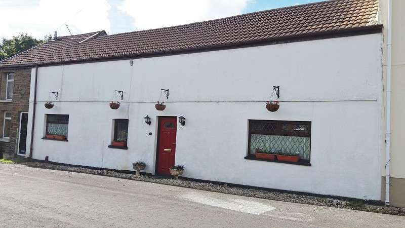 3 Bedrooms Cottage House for sale in Taillwyd Road, Neath Abbey, Neath, Neath Port Talbot. SA10 7DY