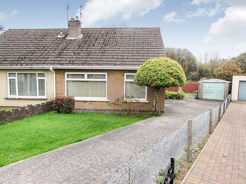 3 Bedrooms Semi Detached Bungalow for sale in Caer Berllan , Pencoed, Bridgend. CF35 6RR