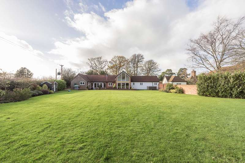 4 Bedrooms Detached House for sale in Hog Lane, Ashley Green