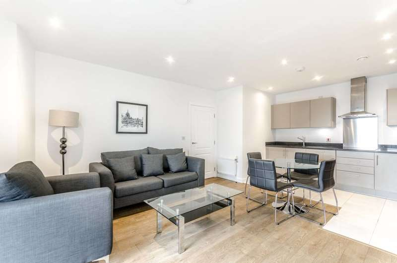 1 Bedroom Flat for sale in Vitruvian Court, Limehouse, E14