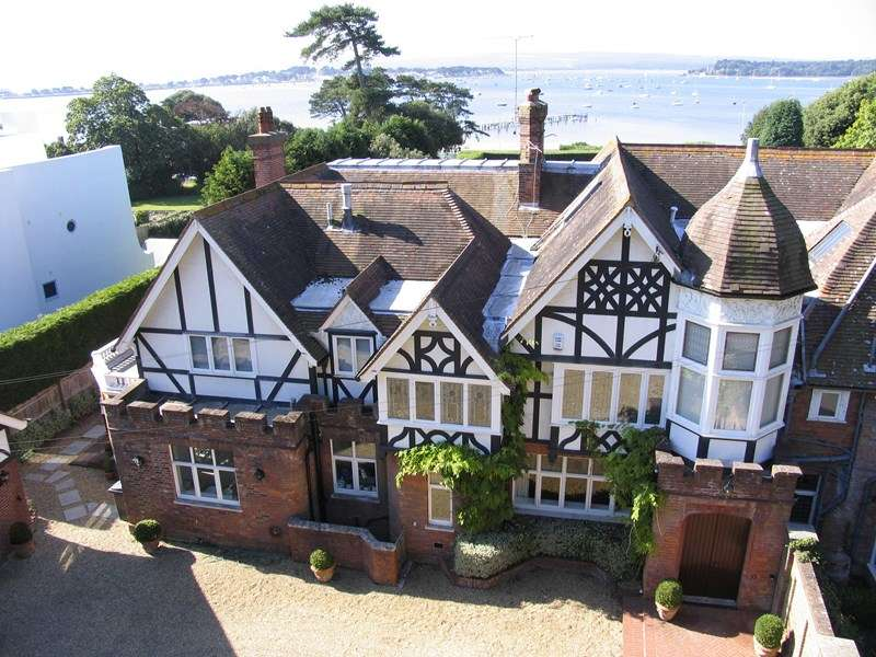 4 Bedrooms Land Commercial for sale in Evening Hill, Poole BH14