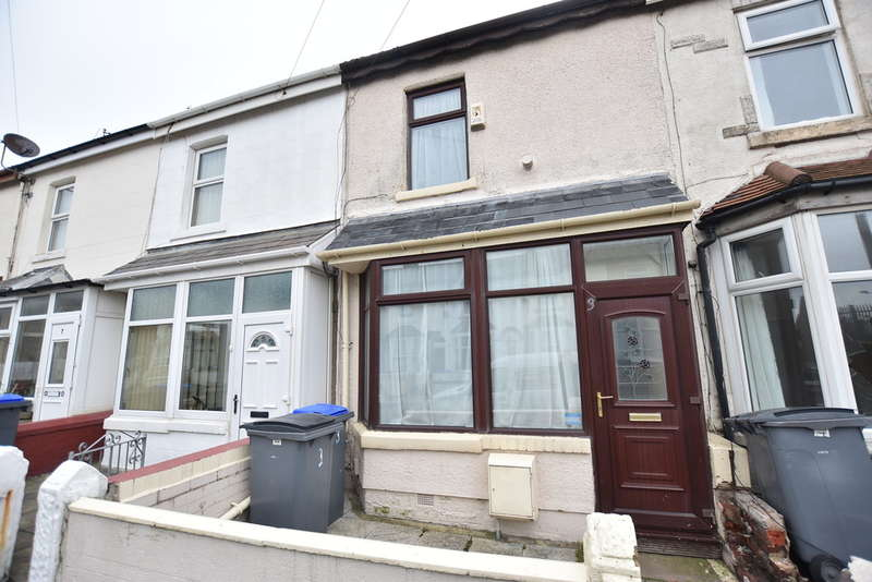 2 Bedrooms Terraced House for sale in Wall Street, Blackpool
