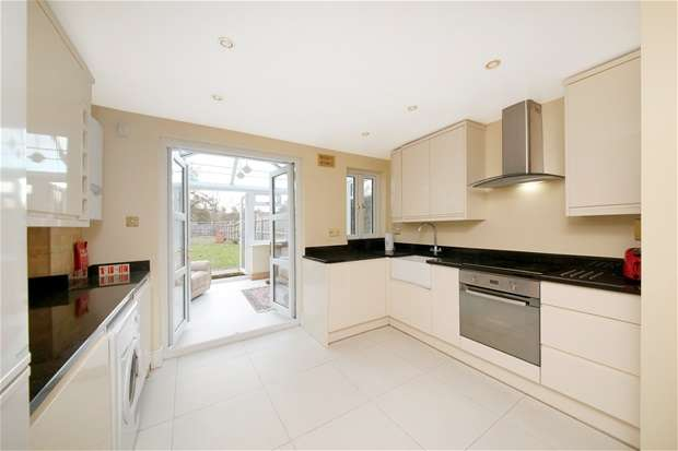 5 Bedrooms House for rent in Friern Road, East Dulwich