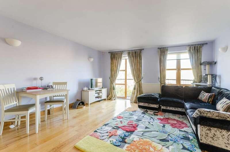 1 Bedroom Flat for sale in Farm Lane, Fulham Broadway, SW6