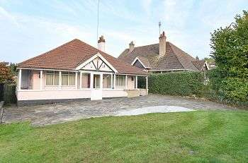 3 Bedrooms Detached Bungalow for sale in Chislehurst Road, Orpington, Kent, BR6 0DW