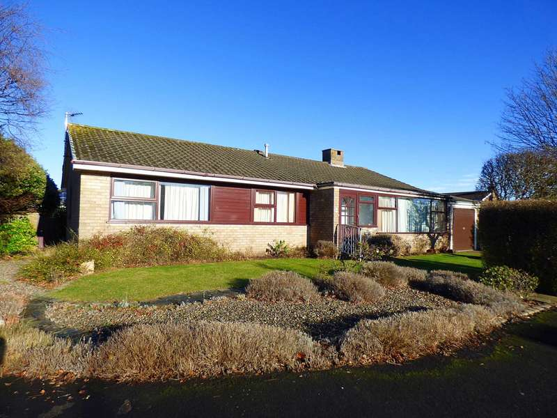 4 Bedrooms Detached Bungalow for sale in Brompton Close, West Park, Lytham