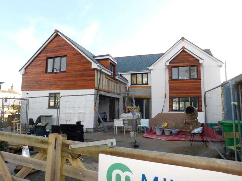 4 Bedrooms Detached House for sale in Wheal Venture Road, St Ives, Cornwall