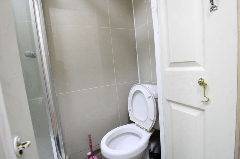 3 Bedrooms Terraced House for sale in Robin Hood Way, Greenford, London, UB6
