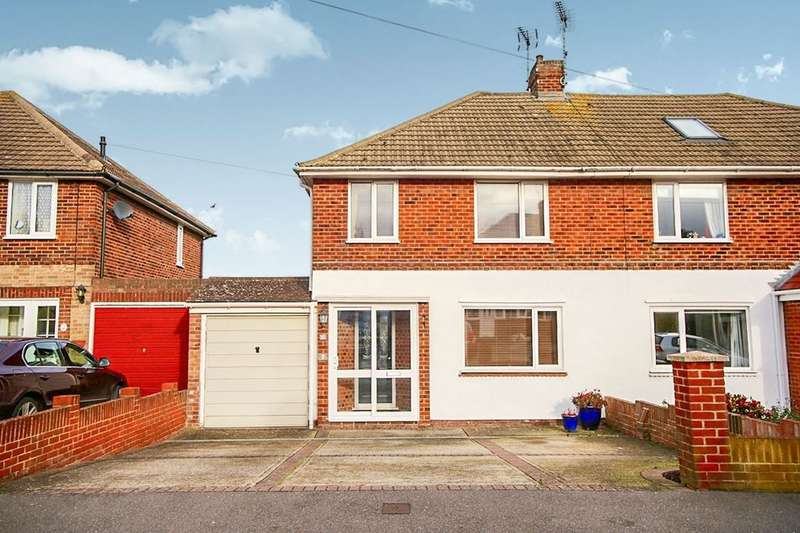 3 Bedrooms Semi Detached House for sale in Elmstone Road, Gillingham, ME8