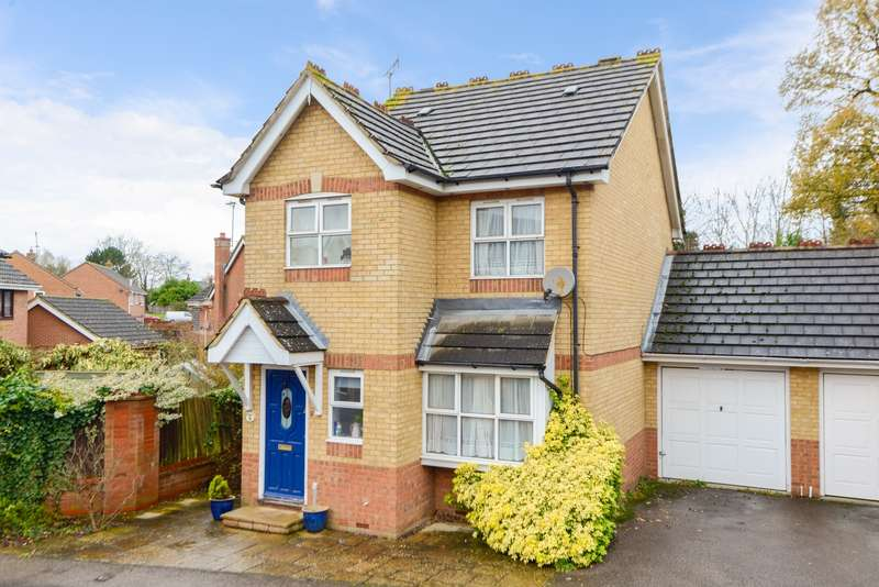 3 Bedrooms House for sale in Wilson Close, Willesborough, Ashford, TN24