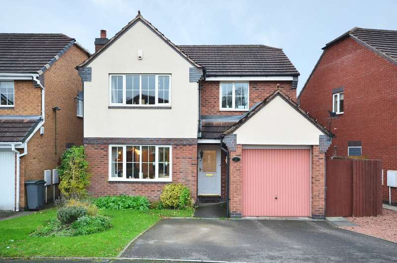 4 Bedrooms Detached House for sale in Highland Drive, Lightwood, ST3 4TB