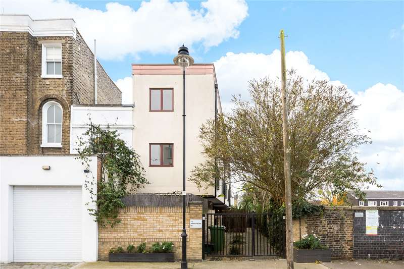 4 Bedrooms Semi Detached House for sale in Aran Mews, St Clements Lane, London, N7