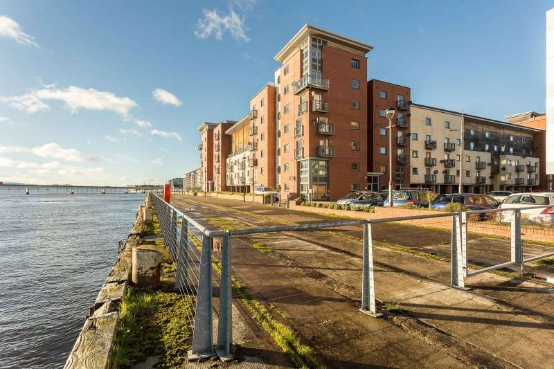 2 Bedrooms Flat for sale in Marine Parade, Dundee, Angus, DD1 3BN