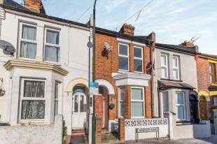 3 Bedrooms Terraced House for sale in Windsor Road, Gillingham, Kent, .