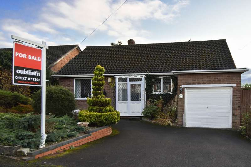 3 Bedrooms Detached Bungalow for sale in Forest Close, Lickey End, Bromsgrove, B60