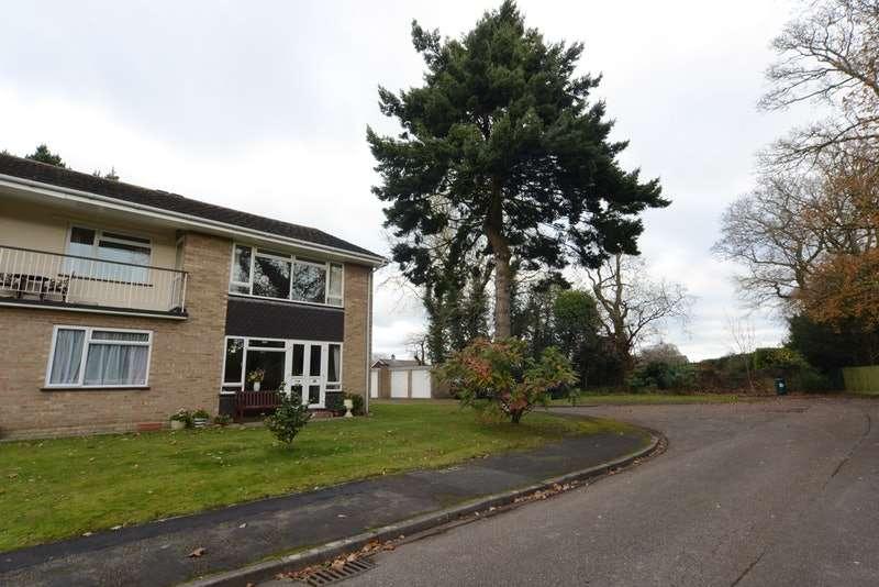 2 Bedrooms Maisonette Flat for sale in Violet Lane, New Milton, Hampshire, BH25