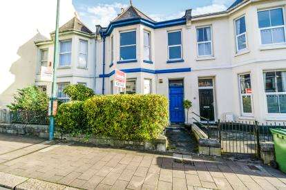 2 Bedrooms Flat for sale in Stoke, Plymouth, Devon