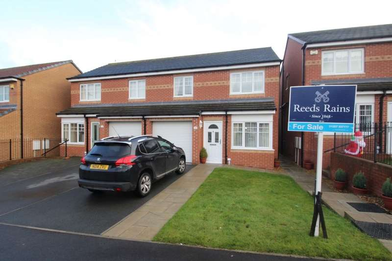 3 Bedrooms Semi Detached House for sale in Cloverhill Court, Stanley, DH9