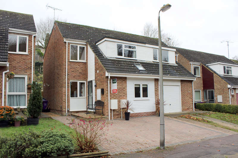 4 Bedrooms Semi Detached House for sale in Grange Bottom, Royston