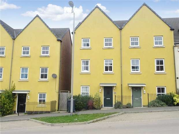 3 Bedrooms Town House for sale in Brights Road, Saxon Rise, Nuneaton, Warwickshire
