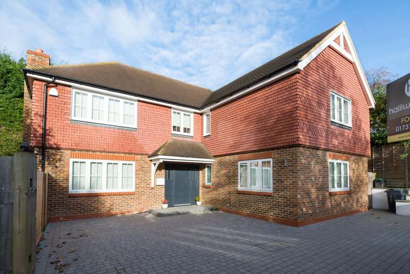 4 Bedrooms House for sale in Doods Park Road, RH2