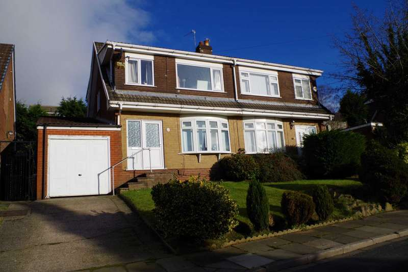 3 Bedrooms Semi Detached House for sale in Fairways, Horwich
