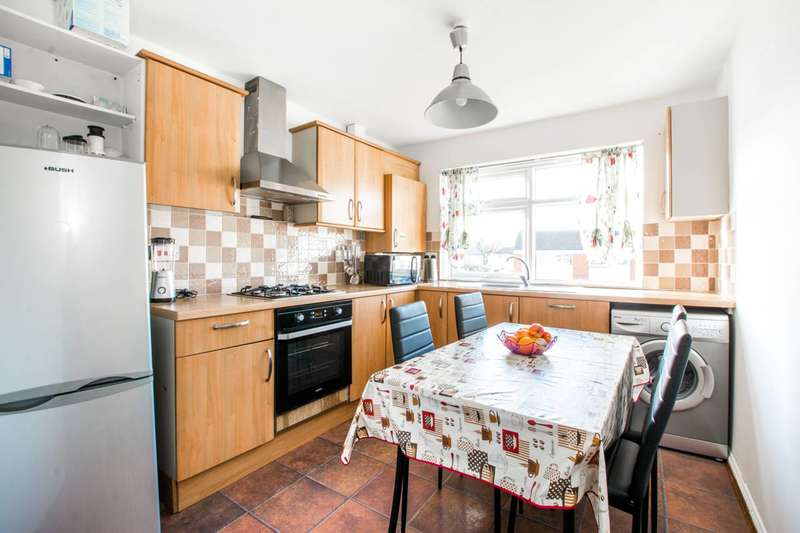2 Bedrooms Flat for sale in Font Hills, East Finchley, N2