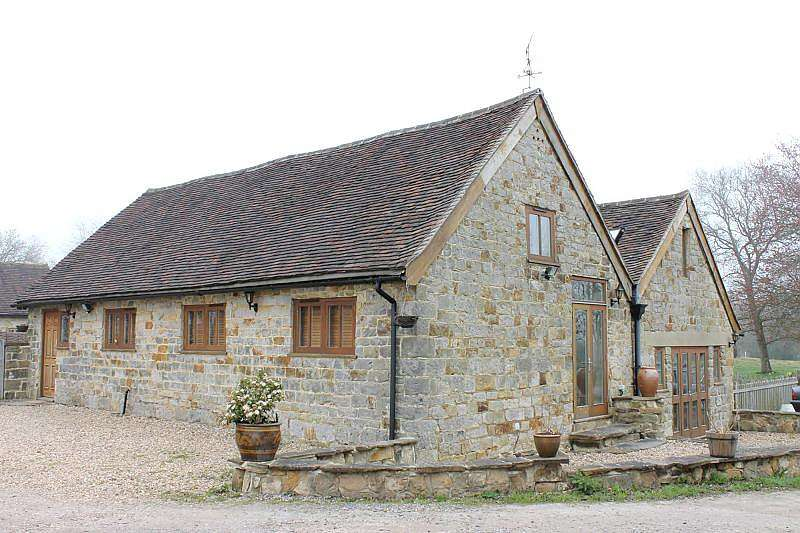 4 Bedrooms House for rent in Stanbridge Lane, Haywards Heath