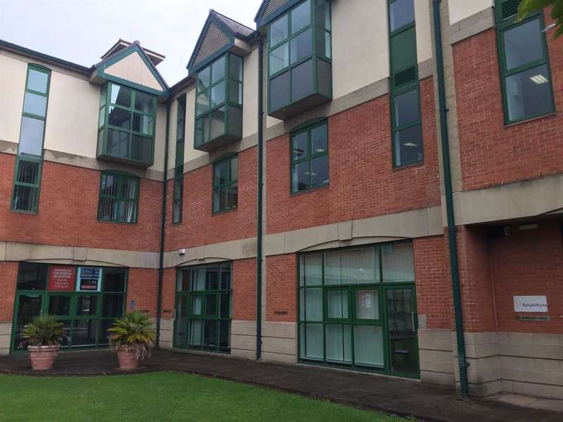 2 Bedrooms Apartment Flat for sale in Brindley Road, Stretford, Manchester