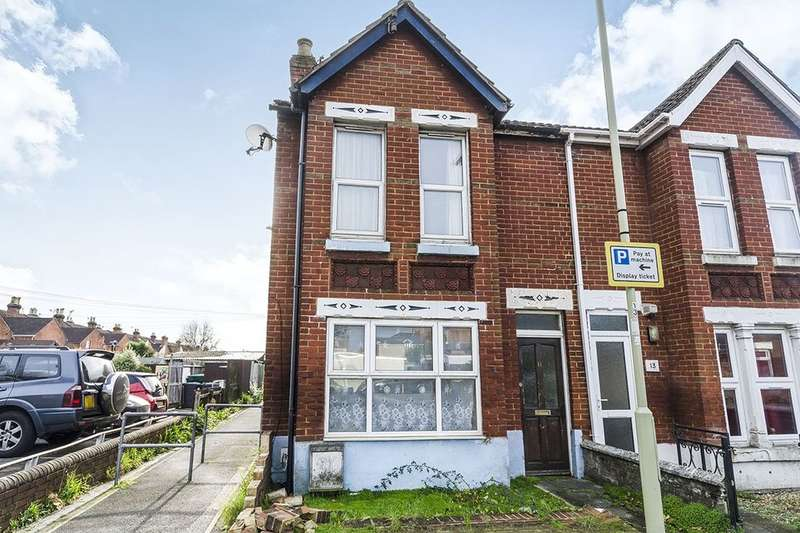 3 Bedrooms Semi Detached House for sale in Blenheim Road, Eastleigh, SO50