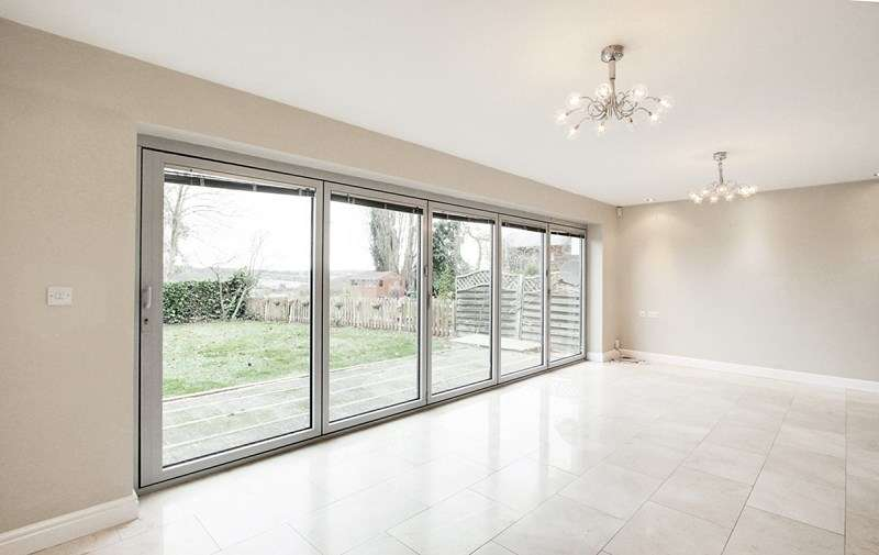 4 Bedrooms Detached House for rent in The Ridgeway, ENFIELD