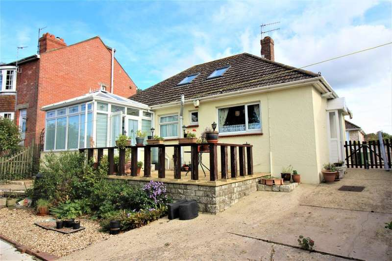 2 Bedrooms Bungalow for sale in Merlin Avenue North, Weymouth, Dorset, DT3 5DR