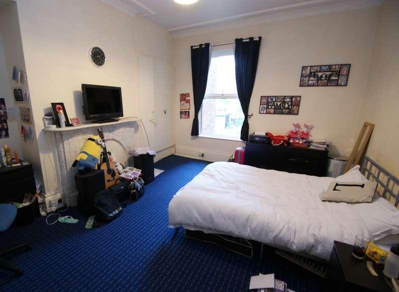 9 Bedrooms Property for rent in Cardigan Road, Headingley, Leeds